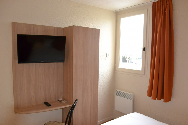 BRIT HOTEL TOURS NORD - 2