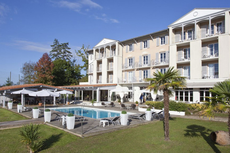 BRIT HOTEL SALIES DE BEARN – Golf le Lodge - 2