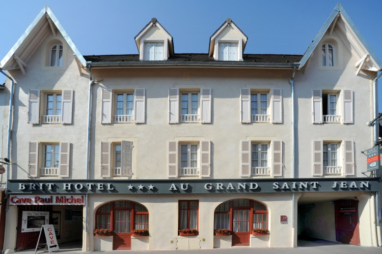 BRIT HOTEL BEAUNE - Au Grand Saint Jean - 0